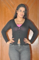 apoorva-latest-hot-photo-stills-201