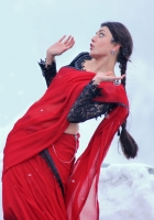 Kajal Agarwal Latest Hot Navel Stills in Telugu Movie Baadshah, Baadshah Kajal Hot Navel Show Stills in Saree