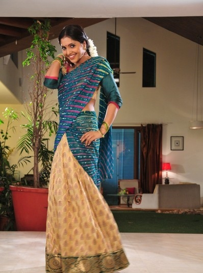 sanchitha-padukone-latest-photoshoot-in-saree-232