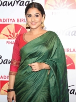 vidya-balan-latest-photos-in-saree-162