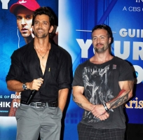 bollywood-superstar-hrithik-roshan-launch-your-best-body-fitness-book_6d2a2f85