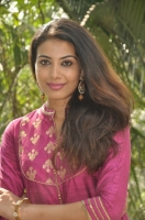 kavya-shetty-latest-stills_a4d09c6d