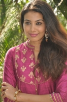 kavya-shetty-latest-stills_da9d894d