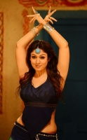 nayanthara-in-greeku-veerudu-movie-photos_3daae5b5