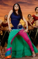 nayanthara-in-greeku-veerudu-movie-photos_ae7a01be