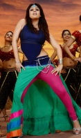 nayanthara-in-greeku-veerudu-movie-photos_cc62a93d
