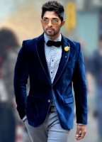 allu-arjun-in-iddarammayilatho-movie-action-stills_598897b3