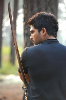 allu-arjun-in-iddarammayilatho-movie-action-stills_efdf4fd5