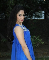 komal-sharma-beautiful-cute-stills-in-sleeveless-blue-churidar-dress_cd7b6fae