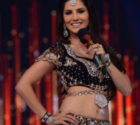 Sunny Leone Sizzling Photos on JDJ Show Photos
