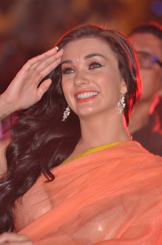 Amy Jackson Latest Hot Stills in Transparant Saree