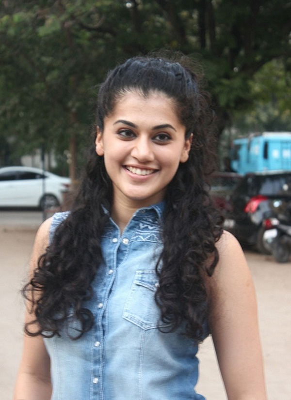 Tapsee Latest Hot PhotoShoot