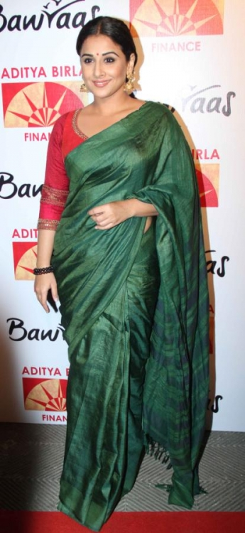 Vidya-Balan-Latest-Photos-in-Saree-131