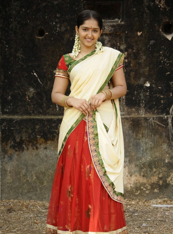 Sanusha Cute Saree Photos