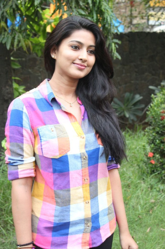 Sneha Beautiful Pics